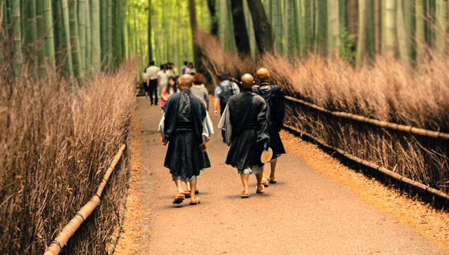 4 Temples in Tokyo Where You Can Practice Zen(禅) Meditation